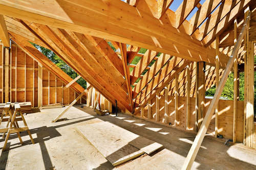Real Estate in Brief: Builder confidence steadies, home sizes decrease and more